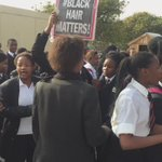 Academic activity at the school at Lawson Brown High School been bought to a halt by protesting pupils. #sabcEC https://t.co/Ige67c7AQJ