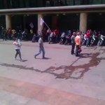 """Así fue la """"mega"""" concentración de hoy en la Plaza Caracas!Hablaba Maduro en ese momento! https://t.co/wTYvm17UEa"""