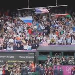 Тот потрясающий момент, когда флаг США падает наземь при звуках Гимна России и под бурные аплодисменты зрителей: https://t.co/XXXCrn3cvw