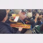 Ok... So yall out here eating galactic glizzies... BOY WHAT DA FUCK MADE YOU ORDER THAT 🤔✋🏾😂🌭 #PaptingAFool https://t.co/LIxUeT5HIk