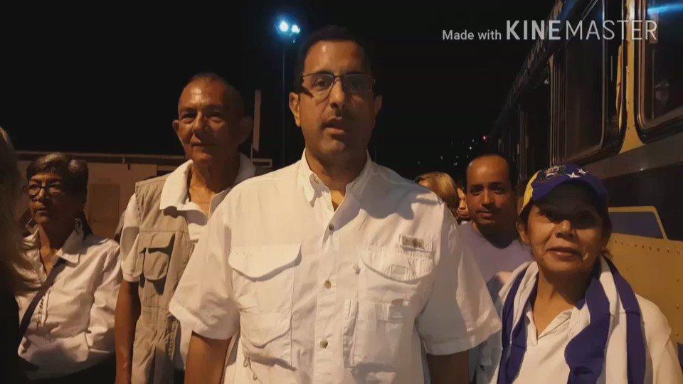 Nuevamente siendo revisados en la entrada de Caracas, cruzada por la libertad  Dios bendiga a Venezuela ,Adelante. https://t.co/nFlxHd7a6F