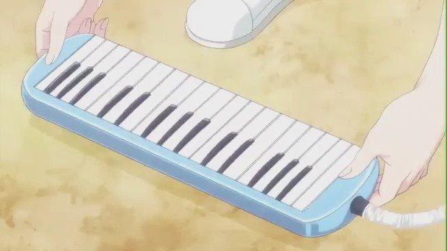 昨日、録画してあった初恋モンスター見たら、櫻井が歌ってたんだけど😳いろいろ突っこみたいところあるけど、とりあえず歌ってく