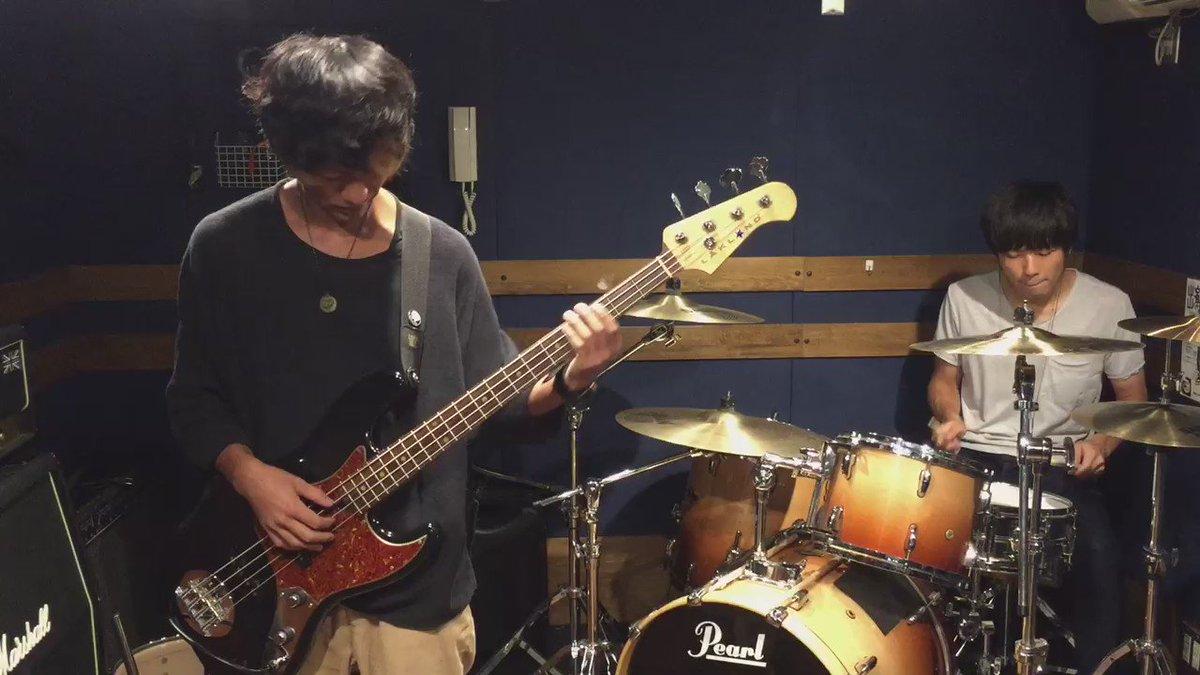 【演奏してみた】 すだっち(@sudatch)とやってみた第4弾。ラストはみなさんお待ちかねサックから。 Suck a Stew Dry「レフストアンブルフィ」 #ドラムのオカズでゴハン #チョッパーでもゴハン https://t.co/uk14z9cP2l