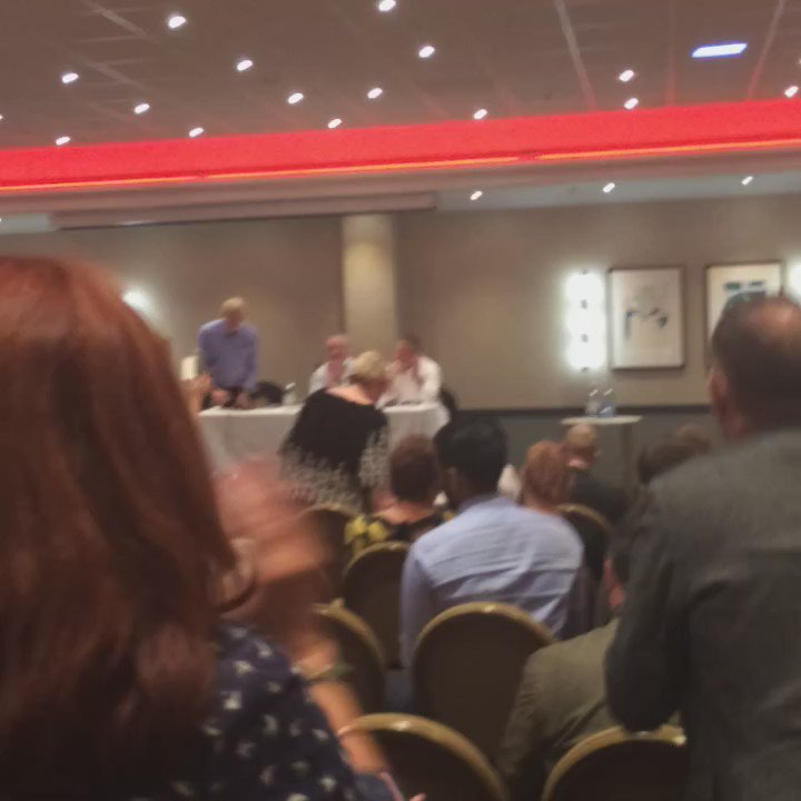 Cracking event with @GMB_union Yorkshire Region GMB with @jeremycorbyn getting a phenomenal response from members. https://t.co/jKBssKVCZl