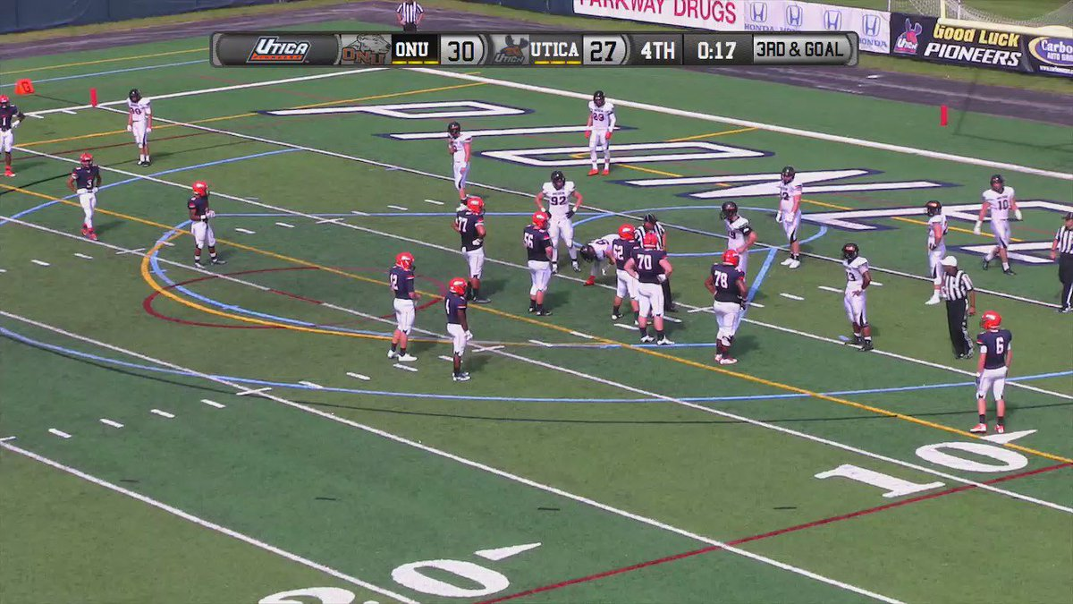 HUGE WIN! @Utica_Football rallies from 17 pt. deficit to defeat #18 ONU 34-30.  Here's the game-winner. #d3fb https://t.co/O0VLCYyix3