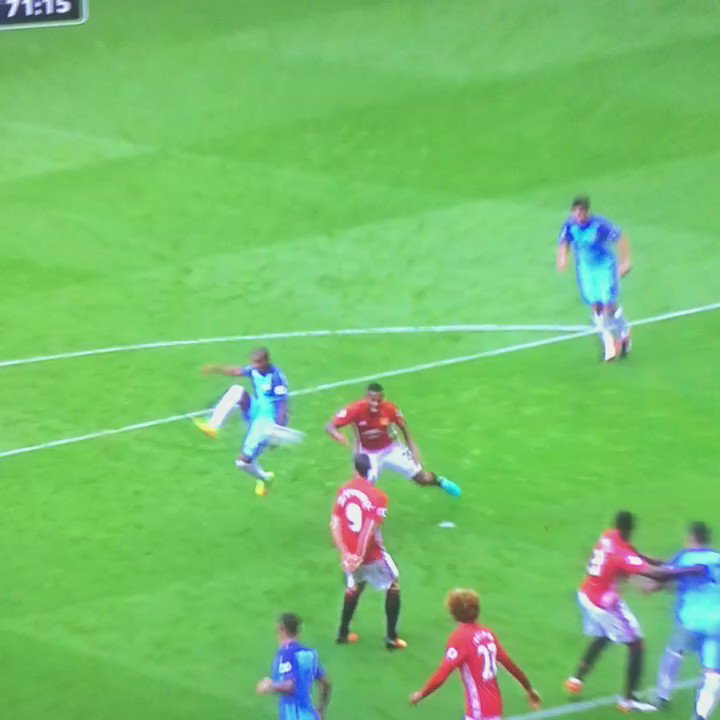 Dear @FA,  Here is evidence of violent conduct by Eric Bailly unseen by the referee. When will you charge him? #mcfc https://t.co/2uGUCUjoLe