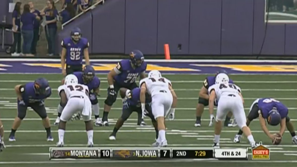 Finally, video of Montana's Jerry Louie-McGee's punt return at UNI today. You won't find a better one: https://t.co/jn1pN2mwZn