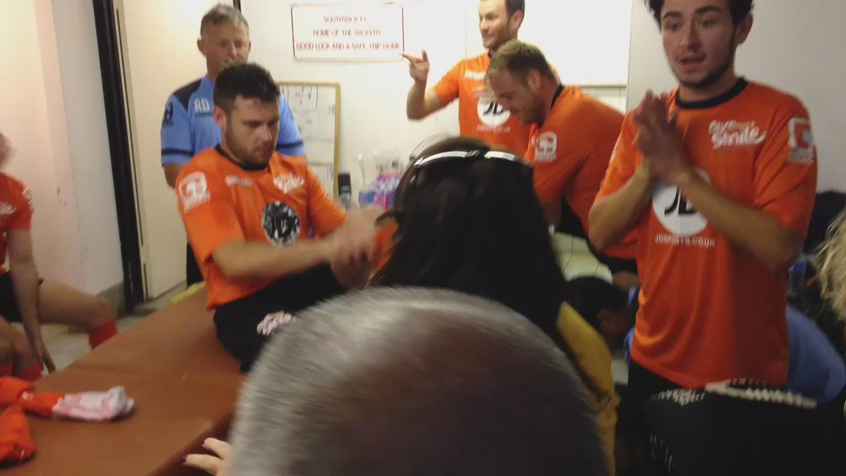 Terrina Barnes of @ChestnutSussex gives the players from @OUAS_CharityFC a pep-talk before today's football match. https://t.co/I1EZuCRjzH