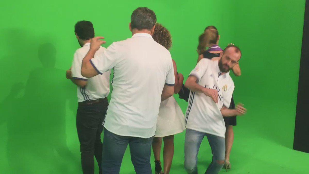 """Hoy en @90minutiRMTV estrenamos videoclip: """"La Docena"""". ¿Te lo vas a perder? #sabrosura #90Minuti54 #somosbailongos https://t.co/t6flnPKb3Y"""