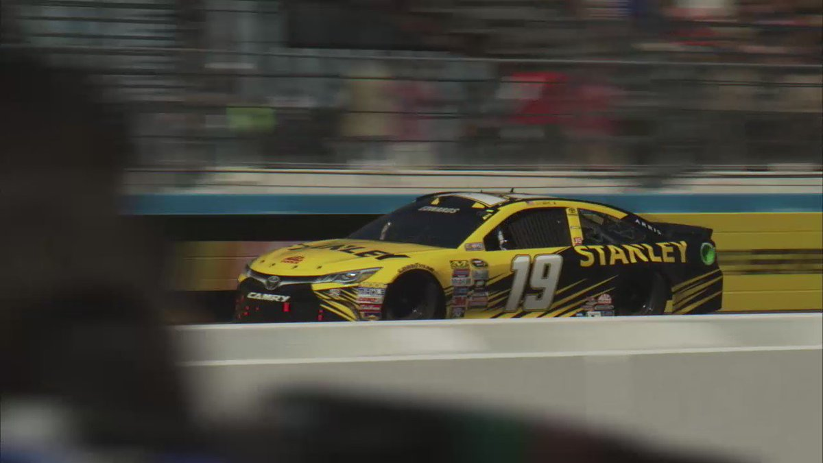10 races. 3 rounds. 1 champion. RT to wish #CarlEdwards and @StanleyRacing team luck. #TheChase https://t.co/2MwY56agdo