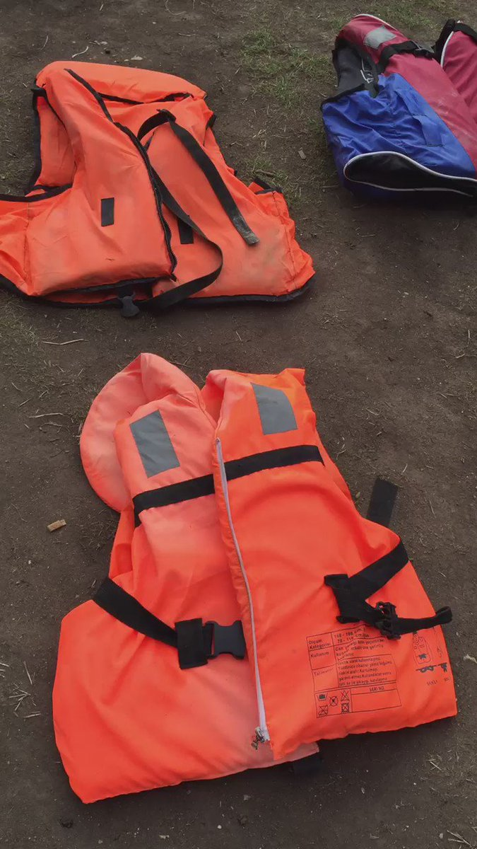 The life jackets spread out across Parliament Square are a hugely moving reminder of what's going on in the world. https://t.co/7jFeFX9MUy