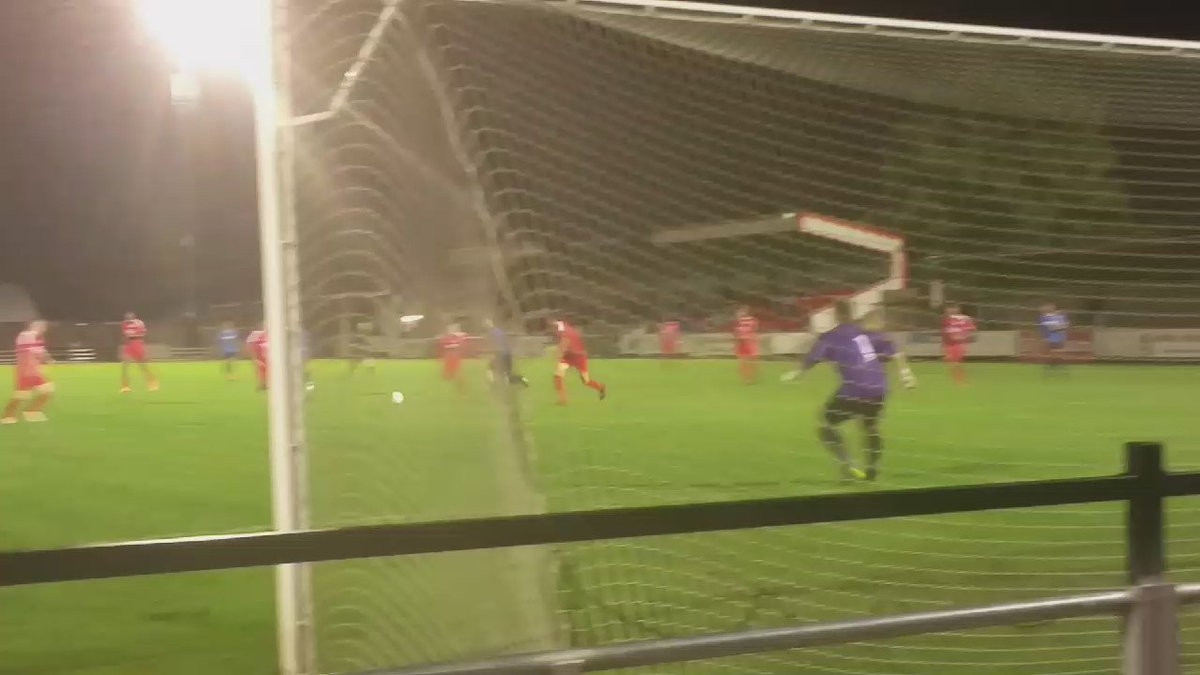 Here's that emphatic winner from Billy Healey which sees us take home the three points! #TeamWingate https://t.co/4G3WBRxL04