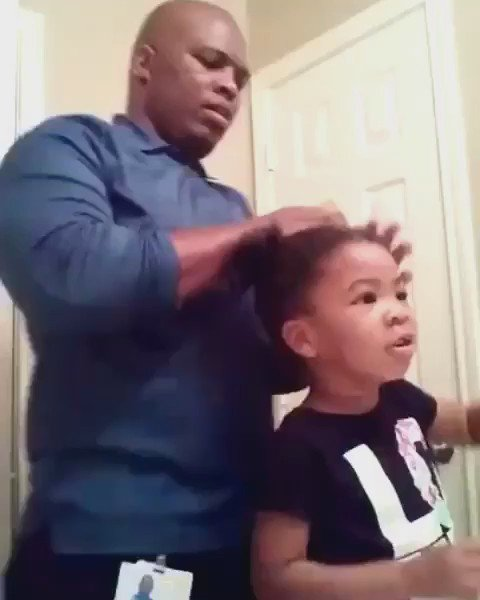 This little girl encouraging her dad might be the cutest thing we've ever seen! ❤️ https://t.co/t4s70jI0AY