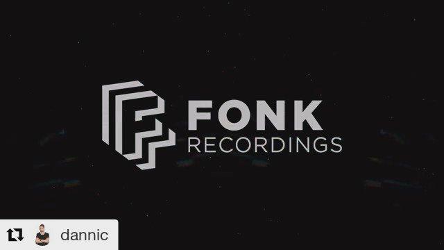 """New Release: @Dannic vs @MerkandKremont feat @DuaneHarden """"Music"""" out Oct. 3rd on @fonkrec https://t.co/hH65Ty9dsa"""