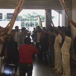 Guard of Honour for @msdhoni in #Hyderabad! #HarGullyMeinDhoniHai @ArunPandey99  @itsSSR #MSDhoniTheUntoldStory https://t.co/Z884Piaqmf
