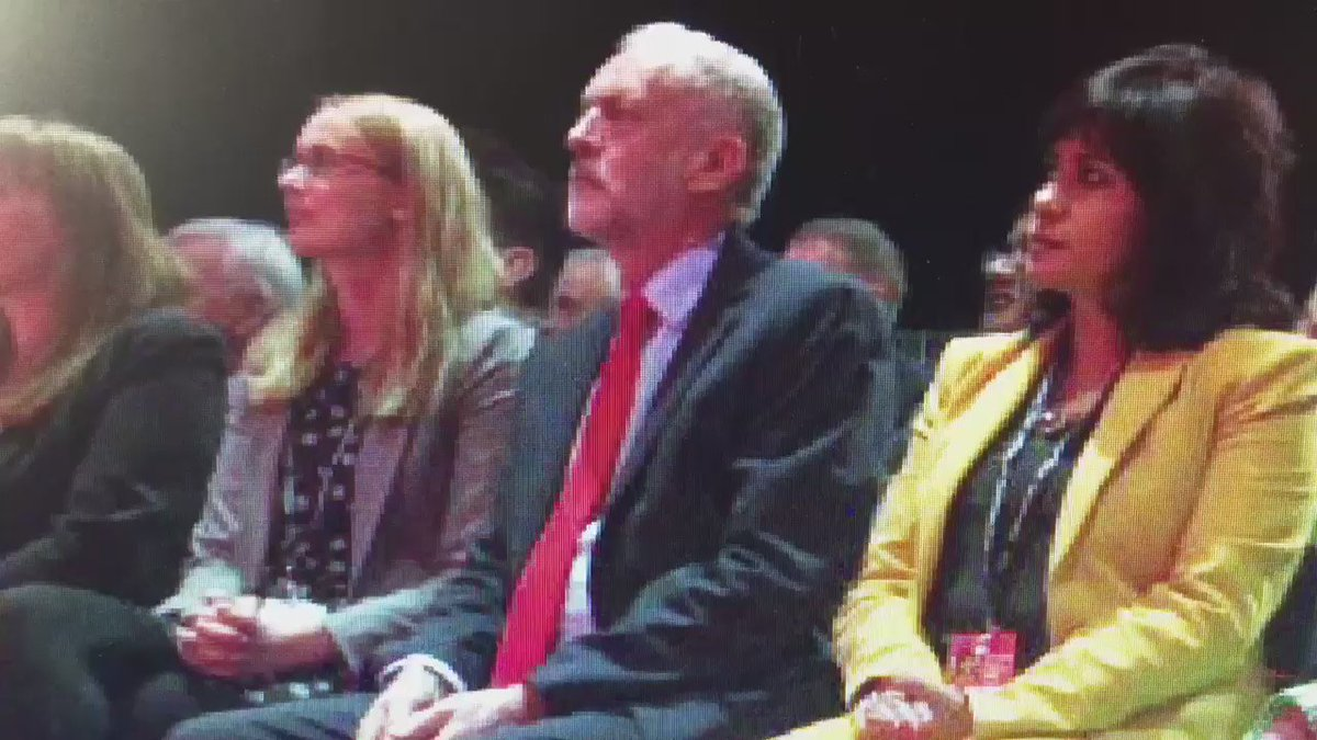 Always important to check you're not having a wardrobe malfunction before a big moment.... #Lab16 https://t.co/kU0ctnWYr7