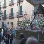 20:00 • La Virgen de los Reyes @Hdad_Sastres llega a la Alfalfa con Virgen de la Victoria @BMLasCigarreras https://t.co/4GGPNozubh