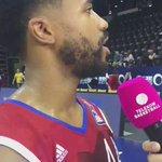 """Der """"man of the match"""" @ThryceBaylor gibt sein 1. Live-Interview auf deutsch!!! Respekt, Captain! 👏 #FCBB_live https://t.co/Yb4w9fo8H5"""
