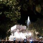 [#CoronacionPazSevilla] Avanza la Virgen de @HermandadPaz hacia la Catedral con sones de @BMSantaAna https://t.co/W1BgV6Xmu9