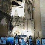 [#CoronacionPazSevilla] Así entraba la Virgen de la Paz en la Catedral Cc @HermandadPaz 📹 @EstrellaCarre https://t.co/w4aQr3uxAI