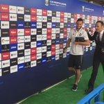 ¡Ya está el @valenciacf en Butarque! ¡Bienvenidos! https://t.co/dp0dTKKVeF