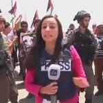 #شاهد قوات الاحتلال تعتدي على طواقم الصحفيين الفلسطينيين #صحفيون_احرار https://t.co/IsSKLU8hED