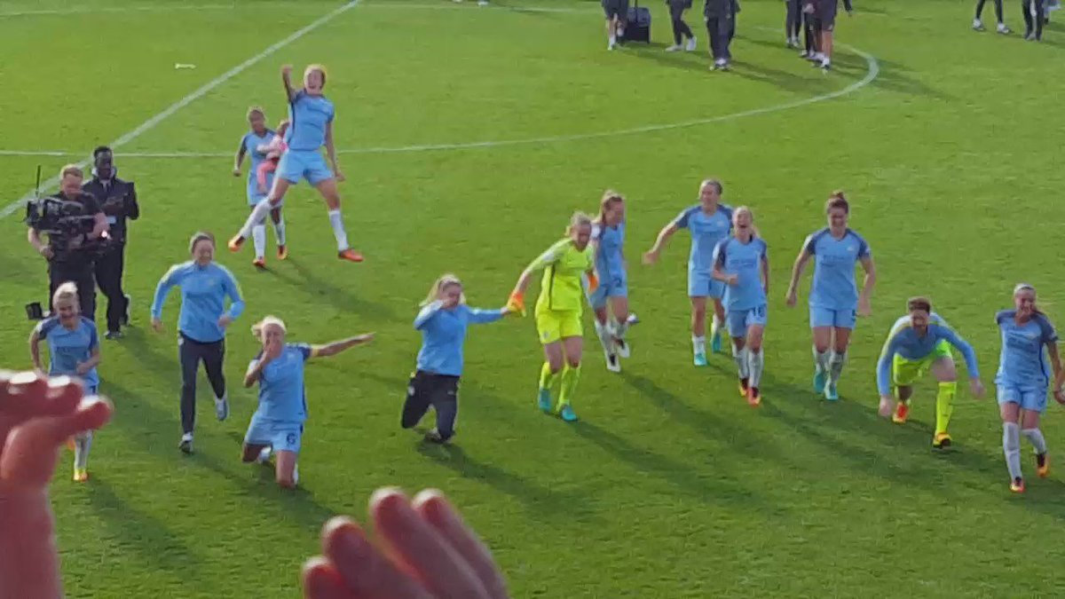 #CHAMPIONS @ManCityWomen have won the #FAWSL https://t.co/8NUlbu78CV