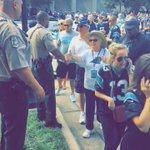 RT DBloom451: #Panthers fans thank law enforcement ofcrs before entering stadium amidst contd #BlackLivesMatter p… https://t.co/KELkjJkmfa