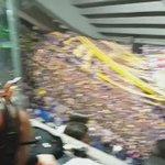 FIESTA en el TEMPLO El que no salta...🐔 https://t.co/7pGMMt7dFY (video @BocaPasionTotal)