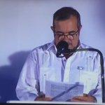 🕊 El momento en el que @Timochenko_FARC pide perdón a las víctimas del conflicto. #AcuerdoDePaz #LaPúblicaPorLaPaz https://t.co/d8A3hgWcmV