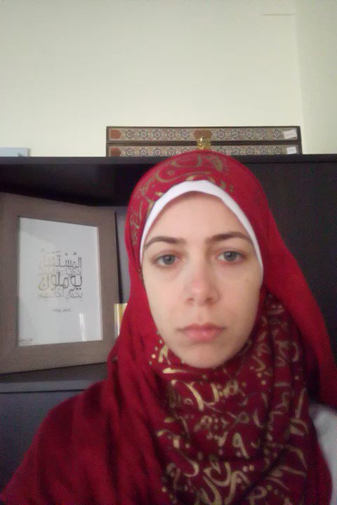 علاء عبد الفتاح مش مجرم ولازم يرجع لابنه وأسرته. اليوم كمل #نص_المدة. الحرية لعلاء عبد الفتاح. #freeAlaa https://t.co/HndfIbLQkf