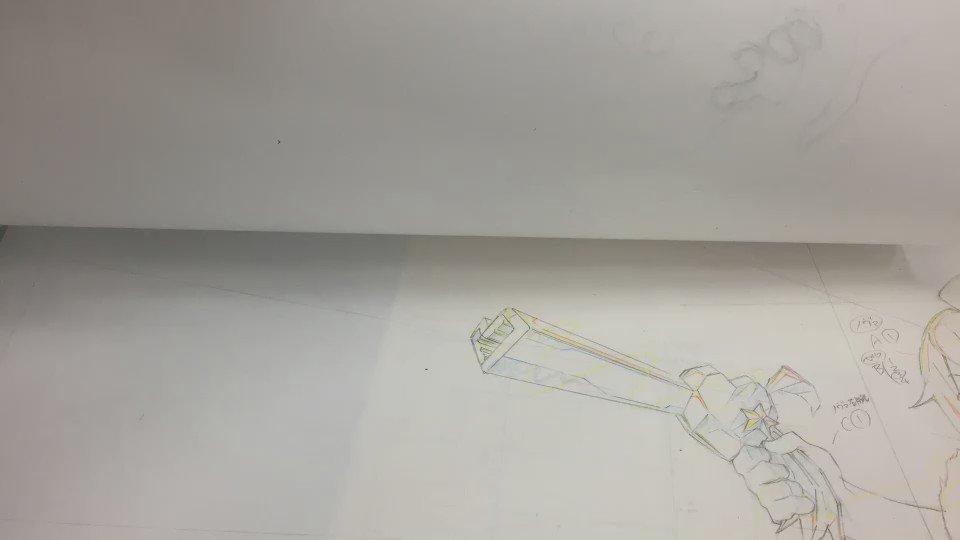 ルル子最終話のノヴァ銃変形、タイミング見るために撮ったやつ。もう一癖あってもよかったかも。