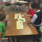 TK students learning the letters of the alphabetic through the #kagan structure, Fan-N-Pick. #NodSunES https://t.co/KorJF3LTmi