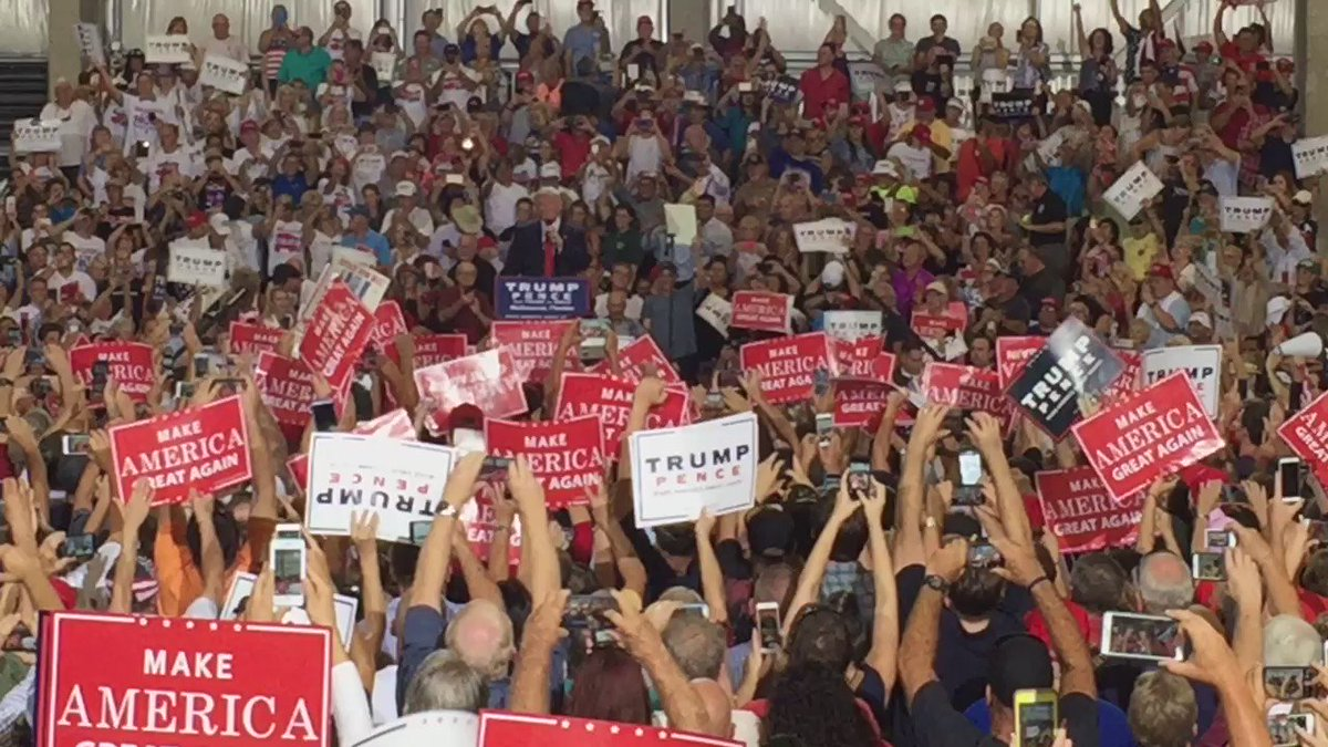 """Look at this crowd! This is amazing. We're going to win Florida so big."" @realDonaldTrump Melbourne, Florida. https://t.co/moliw0FtC6"