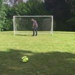 Zlatan, sans pitié avec ses amis https://t.co/0AHODHd72d