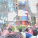 Emoción en Times Square, NY Donde transmitieron en vivo la firma de los acuerdos de paz #YoMarcoSiEl2DeOctubre https://t.co/G1Ah3eP9KI