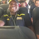 Kennesaw football player Keagan Jordan takes his first flight and passes out. 😂😂😂😂😂 @TheDayOfZay https://t.co/HnOPNhHnUy