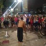 Um artista de rua disse que conseguia identificar o torcedor do Fluminense com um movimento... https://t.co/nPE5eq9C1P