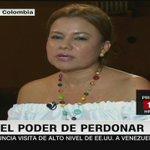 El mensaje de Fabiola Perdomo, víctima de las FARC, a @AlvaroUribeVel  https://t.co/9ETQmmQMTZ    @patriciajaniot https://t.co/wVKz9eTPn8