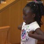 olha essa garotinha falando sobre racismo  repassem ate as pessoas pararem com ódio e verem que somos todos iguais https://t.co/eZCYfIBJN6
