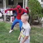 Spider-Man didnt come to play with the birthday boy, straight swallowing him on the dance floor 🔥 https://t.co/yQRAf6UQLn