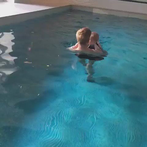 First swimming lesson for the little one https://t.co/NmJRdrzTQY