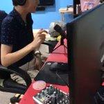 [WCS] CLG vs G2試合のプレイオブザゲーム pic.twitter.com/lVmSPk…