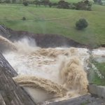 Slo-mo of water gushing out of mitigation dam upstream, from Gawler #FIVEaaNews https://t.co/hENG1gbIqN