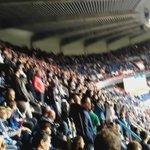 Les Ultras sont dans la places... Gros frissons les gars... Une renaissance, jespère... https://t.co/RmLiw6p5LN