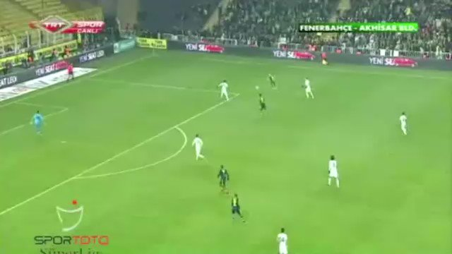 Mete Kalkavan ın Fenerbahçe lehine vermediği penaltıya bakın birde bugün aleyhine verdiği komik penaltıya @SntMSM   https://t.co/23hfjFrG9X