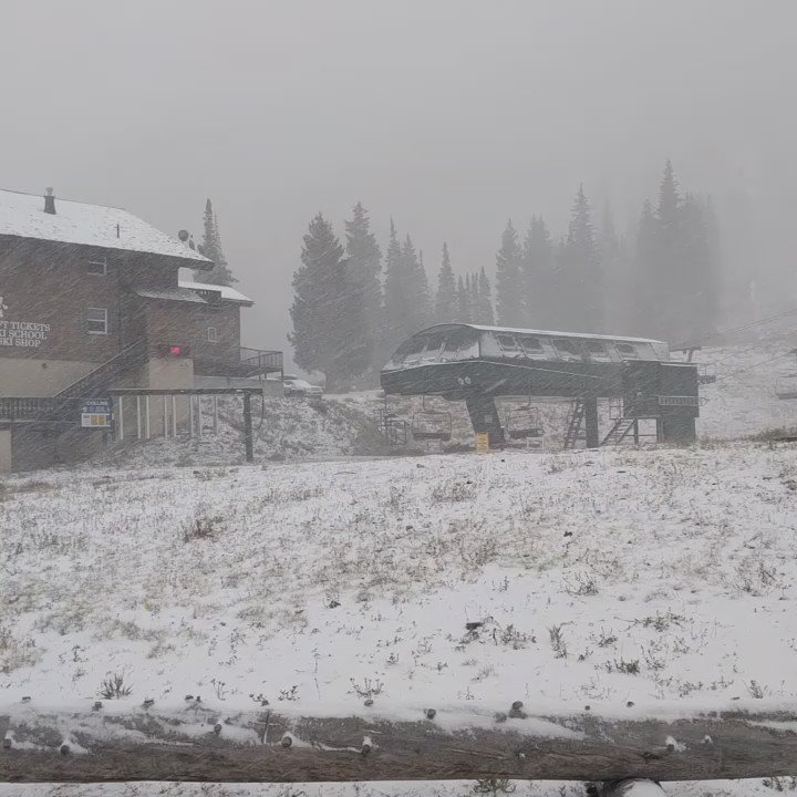 Live from the base of Alta. To cure your case of the mondays. Winter! #snow #ski #winter #stoked https://t.co/H8fZrs00BN