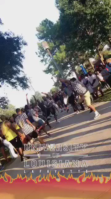 Alphas don't get turnt? Shidddd #GorillaThriller https://t.co/z616fpvojO