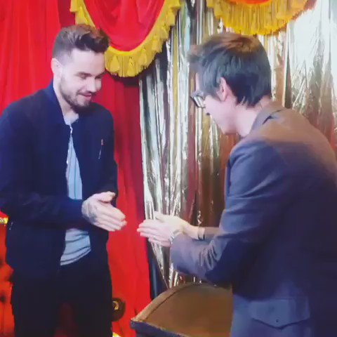 Remembering the time I played slapsies with @LiamPayne. He has a firm slap I can tell you that! https://t.co/9WClIwoflV