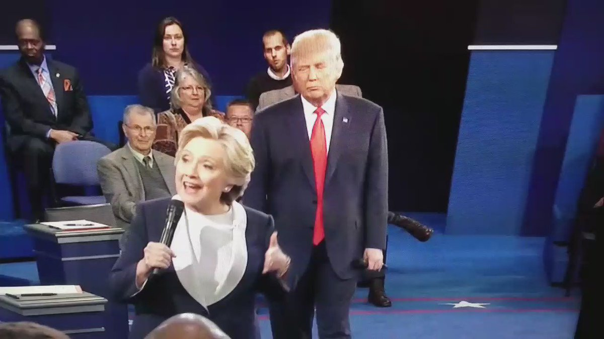 #debates #debate RT @NumbersMuncher: What exactly is Trump trying to do here while Hillary is answering a question. https://t.co/qATsYiC4N3